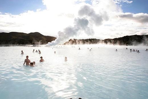 蓝泻湖(位于冰岛的格林达维克)